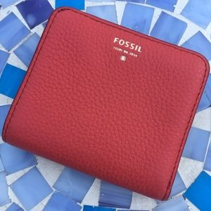 Fossil pebbled leather mini wallet in red